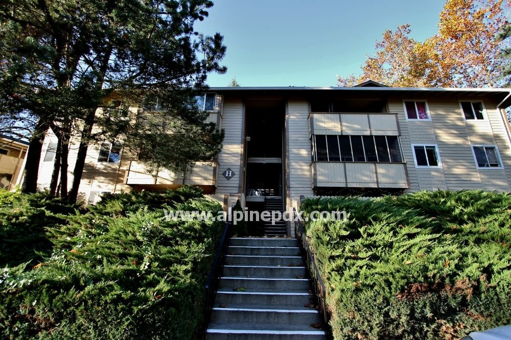 property_image - Apartment for rent in Sherwood, OR