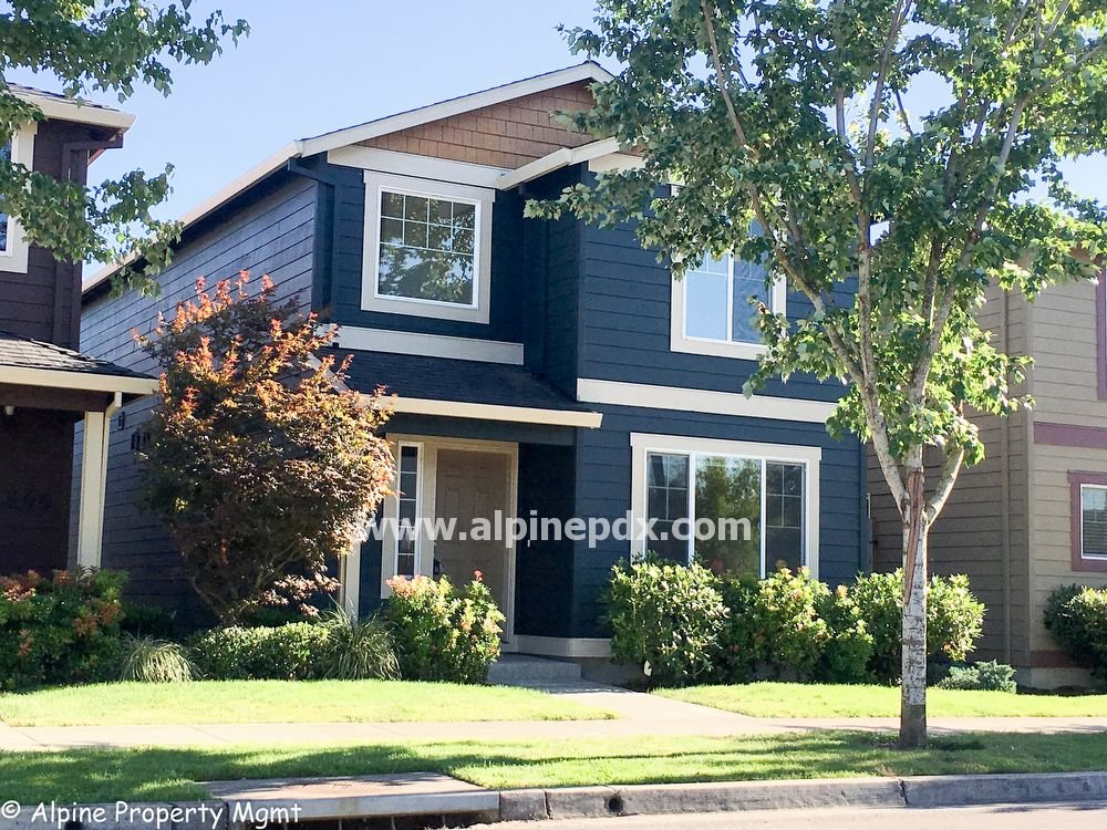 property_image - House for rent in Newberg, OR
