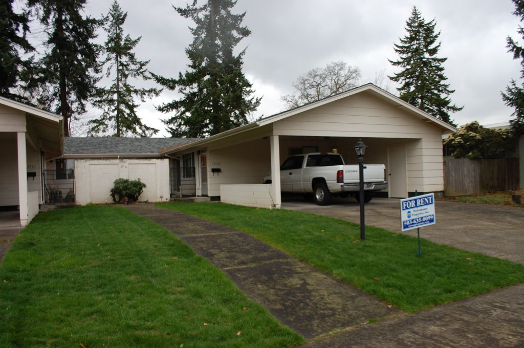 property_image - Duplex for rent in Beaverton, OR