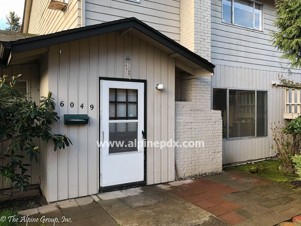 property_image - Condominium for rent in Beaverton, OR